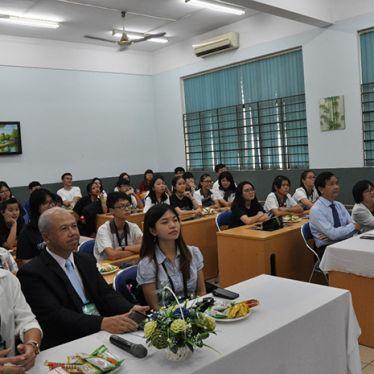 Khai giảng các lớp tiếng Việt ngắn hạn
