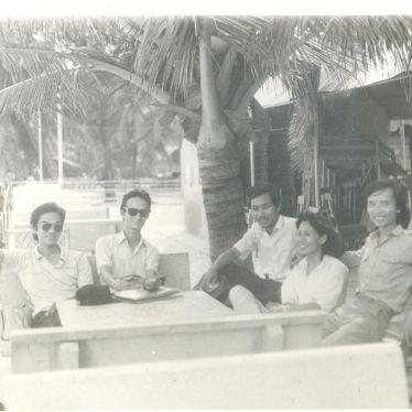 Tổ tiếng Việt cho sinh viên Campuchia năm 1980  (2)